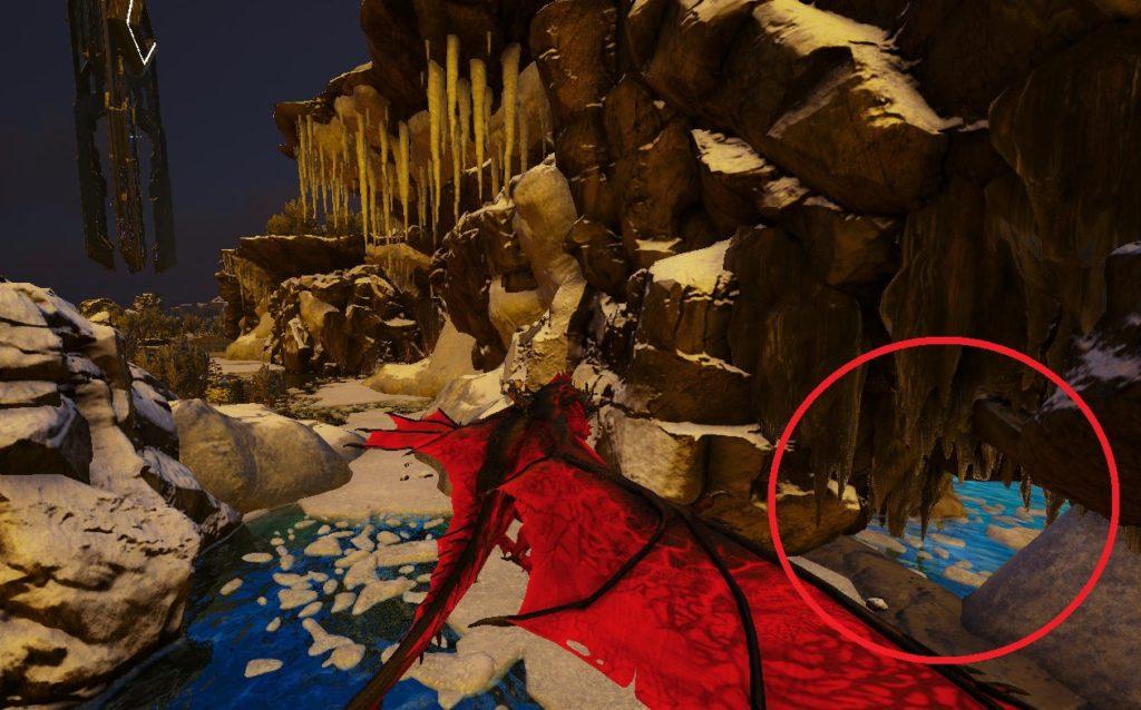 雪原の洞窟入口