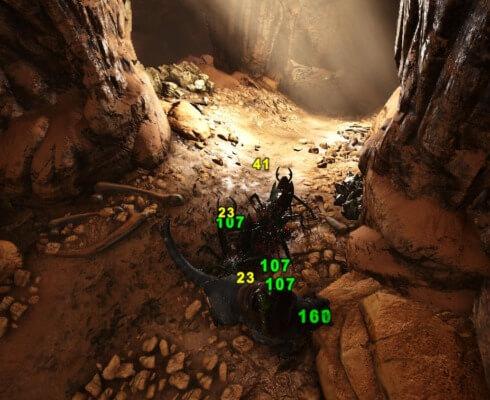 岩山の洞窟内部の敵